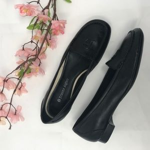 Etienne Aigner Joey Black Leather Loafers 5.5 M